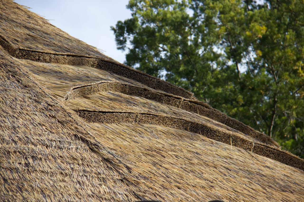 人工茅葺き 屋根材 樹脂